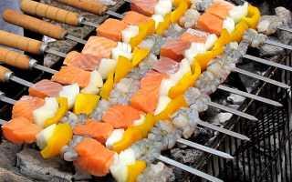 Приготовление рыбы на мангале