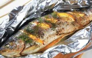 Форель, запеченная в духовке с картошкой